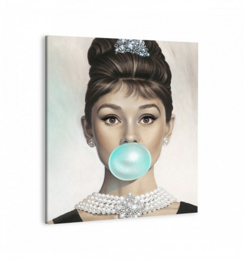 Audrey Hemburn Bubble Gum